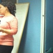 Sivan i full gang med undervisningen. Gjennom seminaret får guttene viktig informasjon om kropp, ansvar og ernæring som er viktig både for dem og familien. Foto: Rebekka Rødner