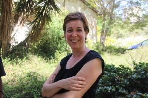 Moran Rosenberg synes ikke det er en lett jobb å velge ut de få heldige som skal få plass ved et av 16-TELEM-kibbutzene. Og stort lettere er det ikke å sørge for budsjettet til programmene. Foto: Mona Ø. Beck